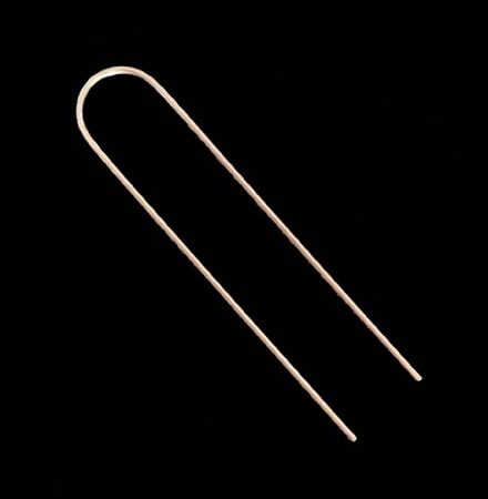 1 2 Quot 5 8 Quot X 6 Quot Loop Wire Stakes Are Used To Hold Down